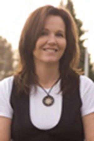 Janet Gurtler  Image