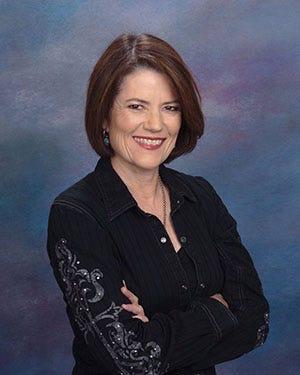 Kari Lynn Dell  Image